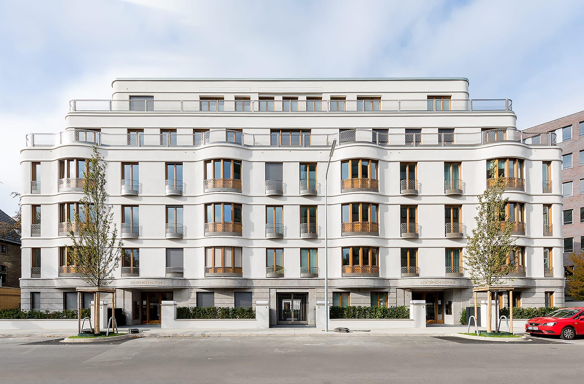 Duesseldorf-Golzheim Kentenich Hof Fassade