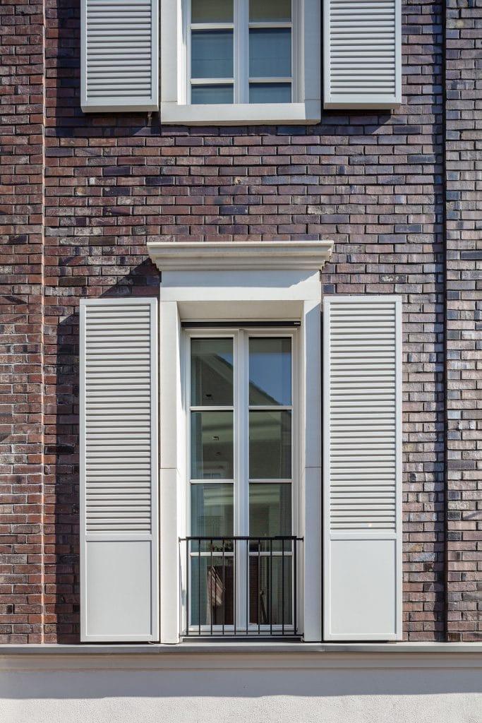 Duesseldorf-Oberkassel-Rheinallee-Fenster